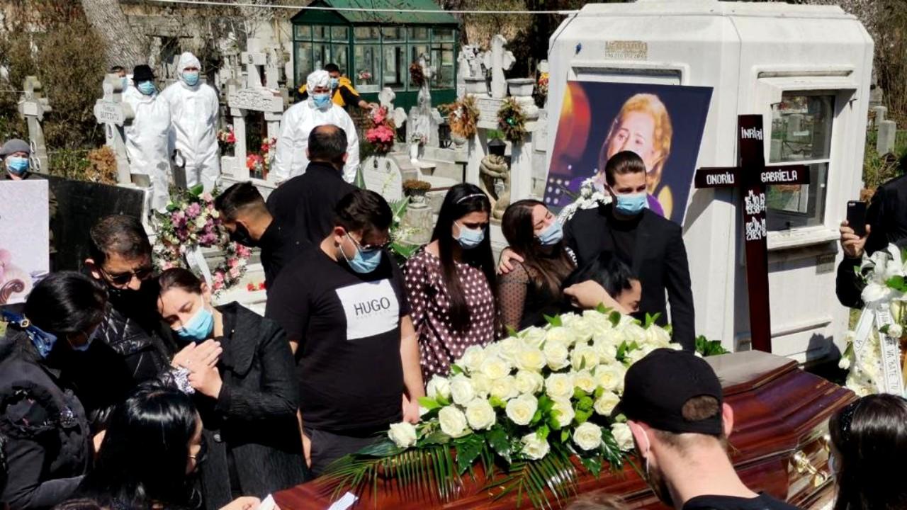 Gabi Luncă a fost înmormântată cu covor roșu și porumbei albi. Imagini emoționante!